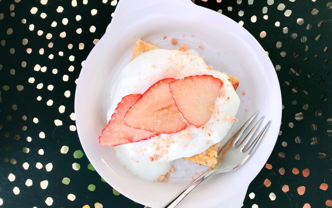 Rezeptidee: Strawberry Cheesecake Proteinkuchen