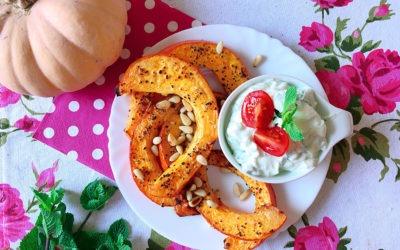 Kürbis Spalten mit Zucchini Minz Quark