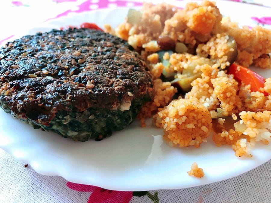Proteinreiche Schwarze Linsen Burger – Vegetarisch